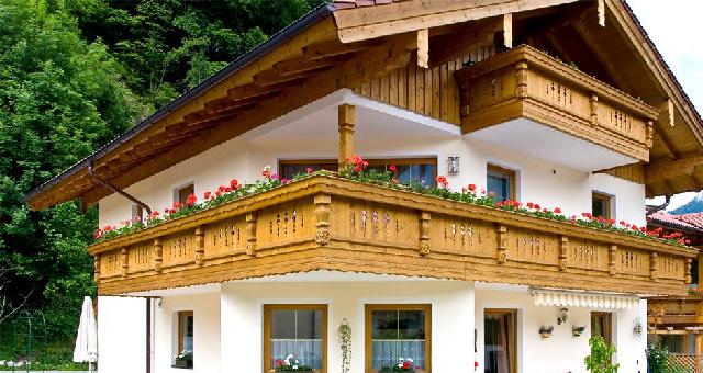 Balkon Dielen Holz Streichen ~ Balkon Blumenksten Aus Holz Blumenkasten holz mit halterung greenbop
